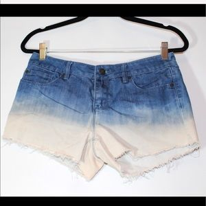Forever 21 blue and white shorts  Size 28